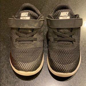 Nike Kids Free RN (Toddler) Sz 8C